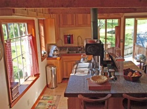 04-port-angeles-home-interior-kitchen-4128