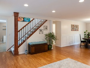 11-redmond-home-for-sale-downstairs-stairs