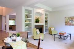 Redmond Ridge home sale eating & family areas and entry