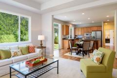 Redmond Ridge home sale family & eating areas and kitchen