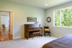 Redmond Ridge home sale main floor bedroom