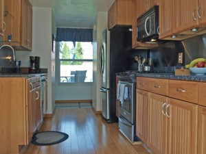 05-bothell-home-kitchen-porch-close-4988