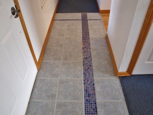 10-bothell-home-tile-molding-detail-5006