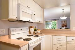 12-Bothell-Condo-Sale-kitchen