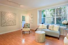 05-downtown-Redmond-condo-interior-living