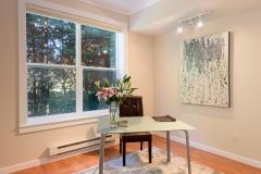 16-downtown-Redmond-condo-interior-bedroom
