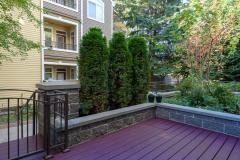 19-downtown-Redmond-condo-exterior-deck