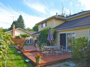 17-kirkland-home-for-sale-backyard-south-7290