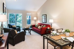 01-kirkland-condo-for-sale-dining-living
