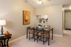 04-kirkland-condo-for-sale-dining