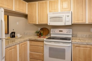 05-kirkland-condo-for-sale-kitchen