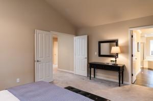 10-bedroom-master