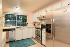 06-kirkland-juanita-townhouse-sale-98033-kitchen1