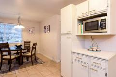 08-kirkland-juanita-townhouse-sale-98033-kitchen3