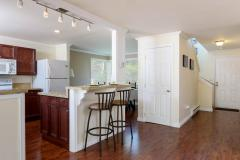 Kirkland Juanita townhouse sale breakfast bar kitchen