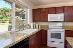 Kirkland Juanita townhouse sale kitchen
