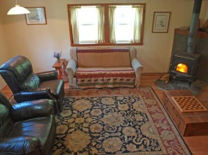 06-port-angeles-home-interior-family-4189
