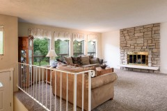 02-snohomish-home-for-sale-living-1