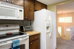 09-snohomish-home-for-sale-kitchen-entry