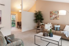 05-kirkland-home-for-sale-living