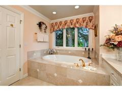 West Bellevue luxury home for sale master bath